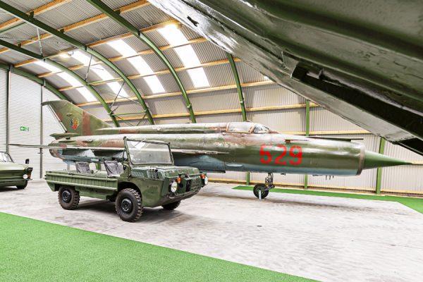 MiG-21 Flugzeug im NVA Museum Rügen in Prora