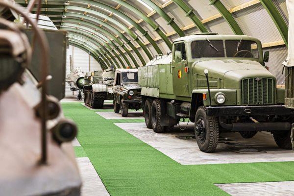 Militär-LKW im NVA Museum Rügen in Prora